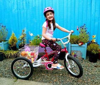 amber on bike
